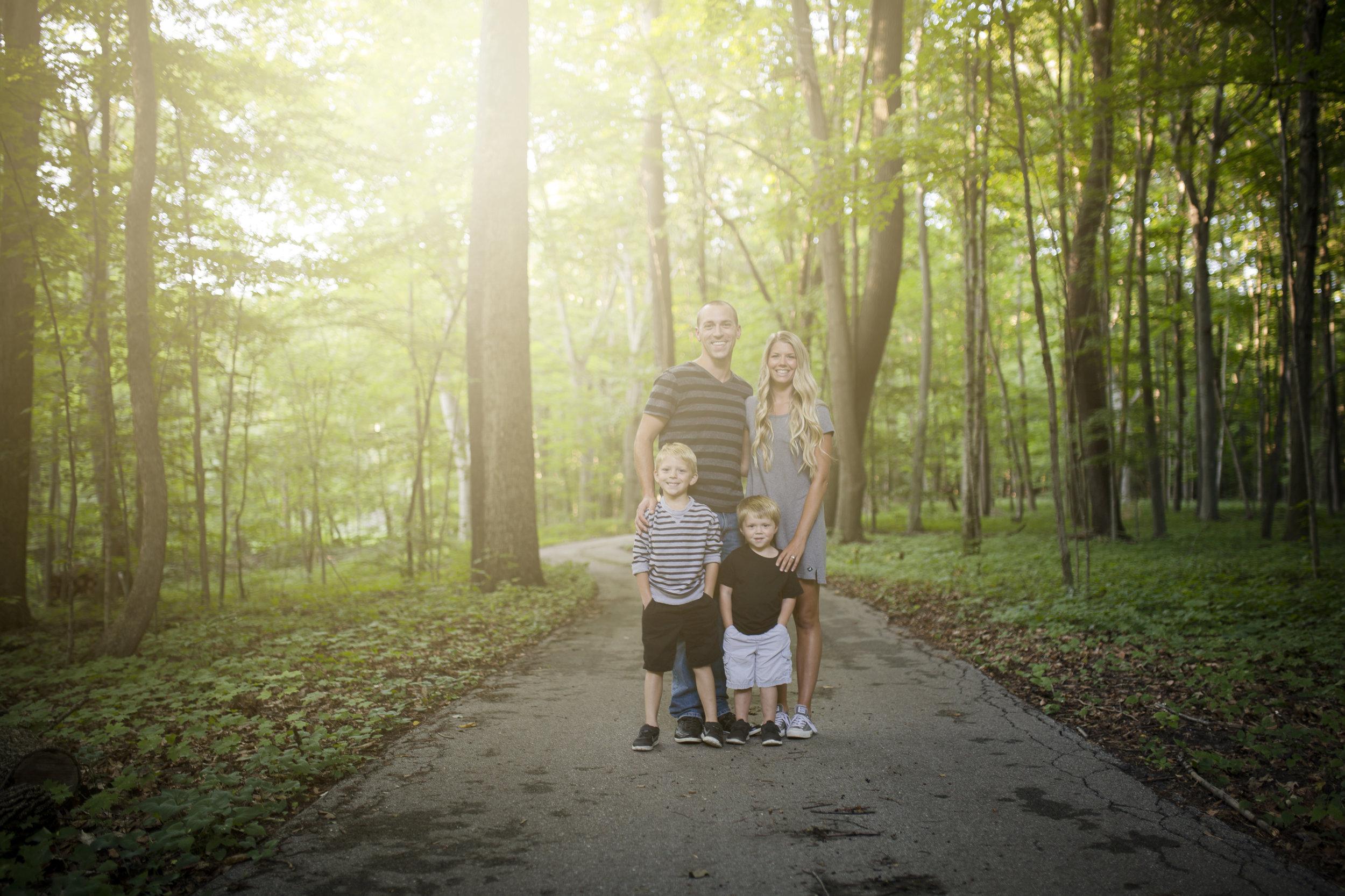 Dyer Family 2018_2 copy.jpg