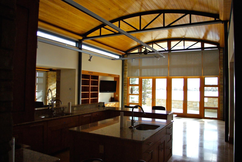 center bay interior at kitchen