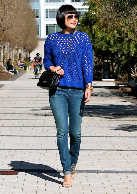 2014-02-19 BlueSweater3.jpg