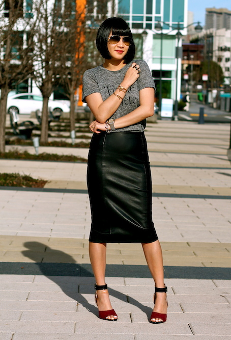 Zara faux leather skirt and shoes, Madewell tshirt, Ray-Ban sunglasses