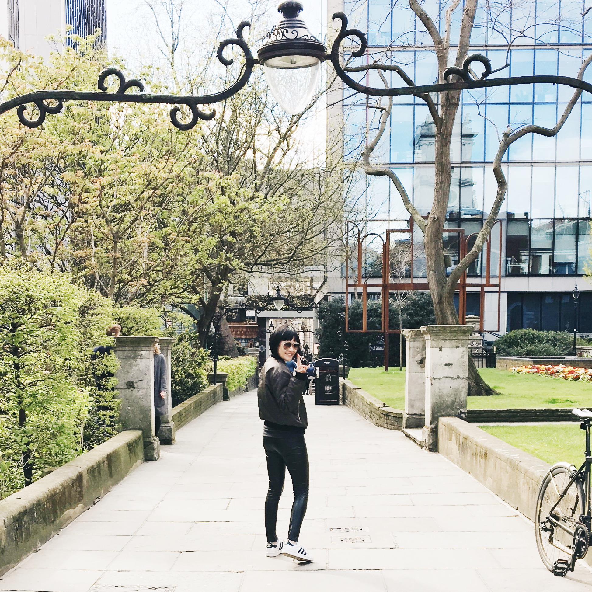 Strolling through the English park before heading home on British Airways on World Traveler Plus class. Champs anyone?