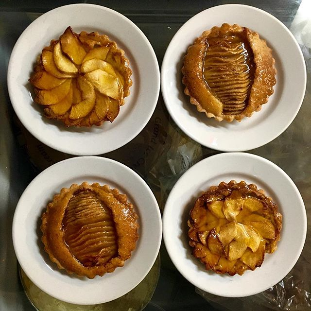 Freshly baked Pear tarts for the evening. Roma Deli makes fresh tarts everyday! Come in and enjoy one or add it to your take our order!