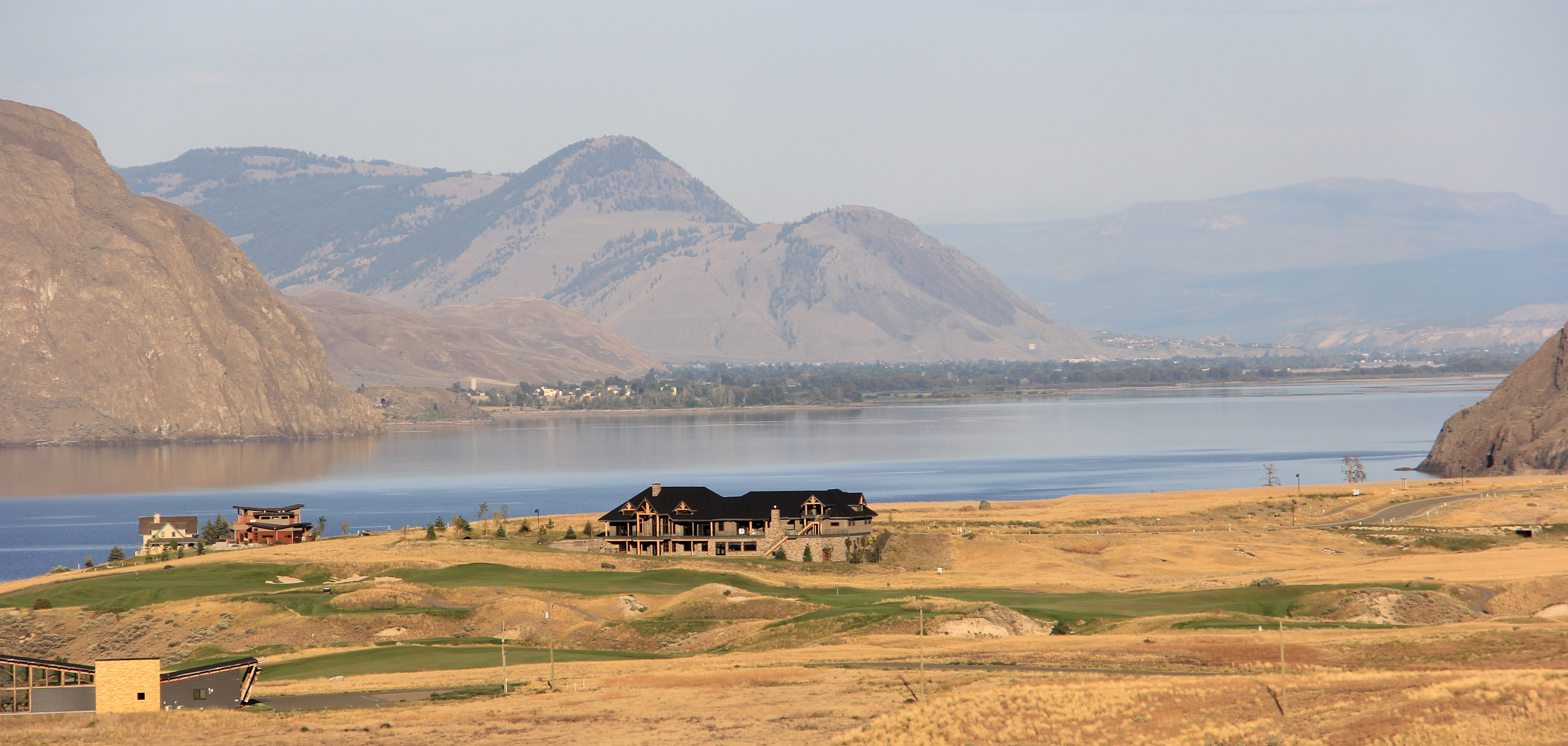 Tobiano on the Cariboo Highway, BC