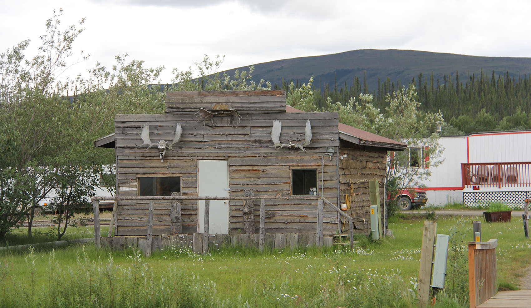 One of the early Coldfoot buildings.