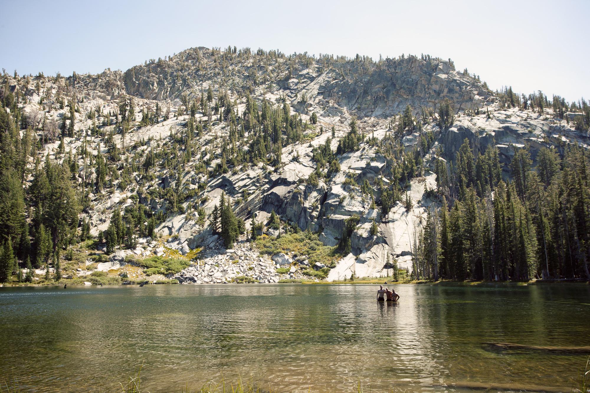 LakeGroup1_fotochoa.jpg