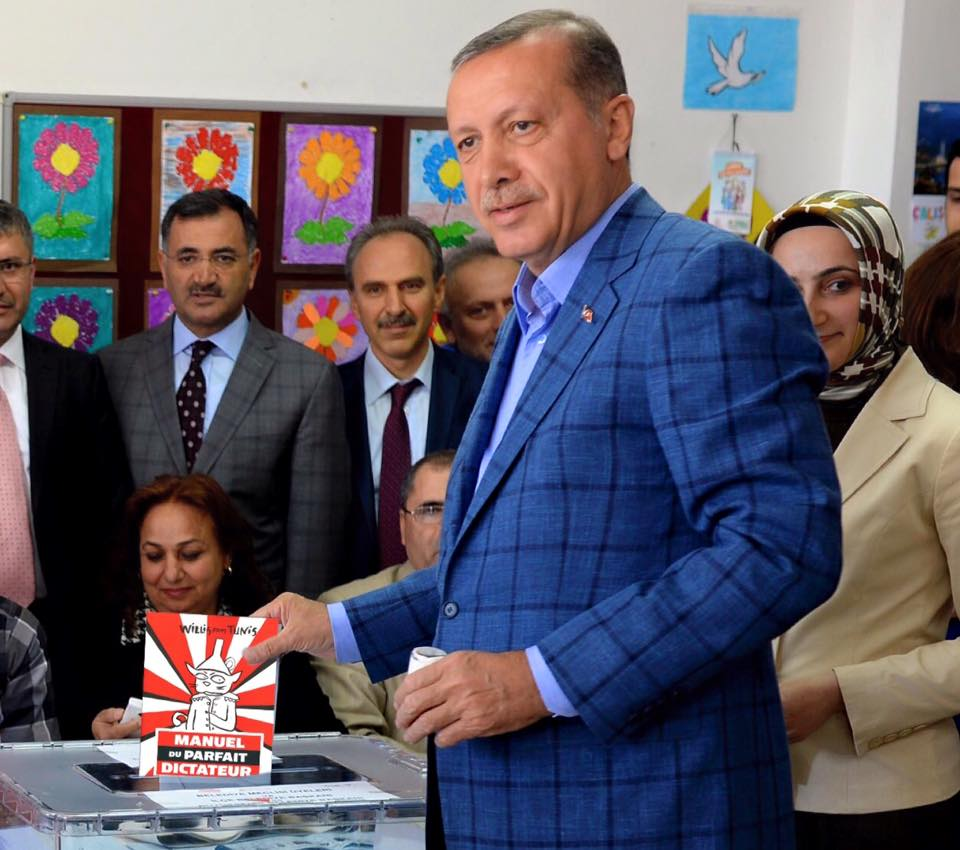 """""""Le chapitre sur la majorité absolue est tip top."""" Recep Tayyip Erdogan"""