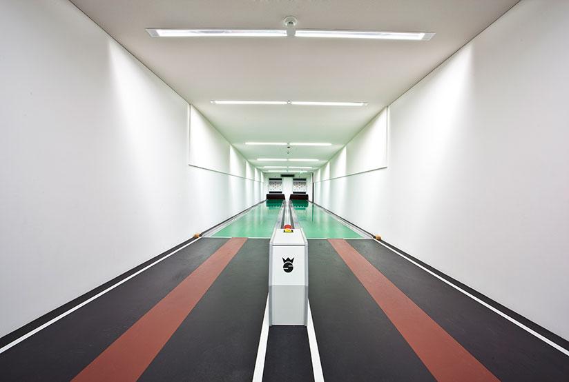 un-demi-siecle-de-pistes-de-bowling-allemandes-par-Robert-Gotzfried-6.jpg