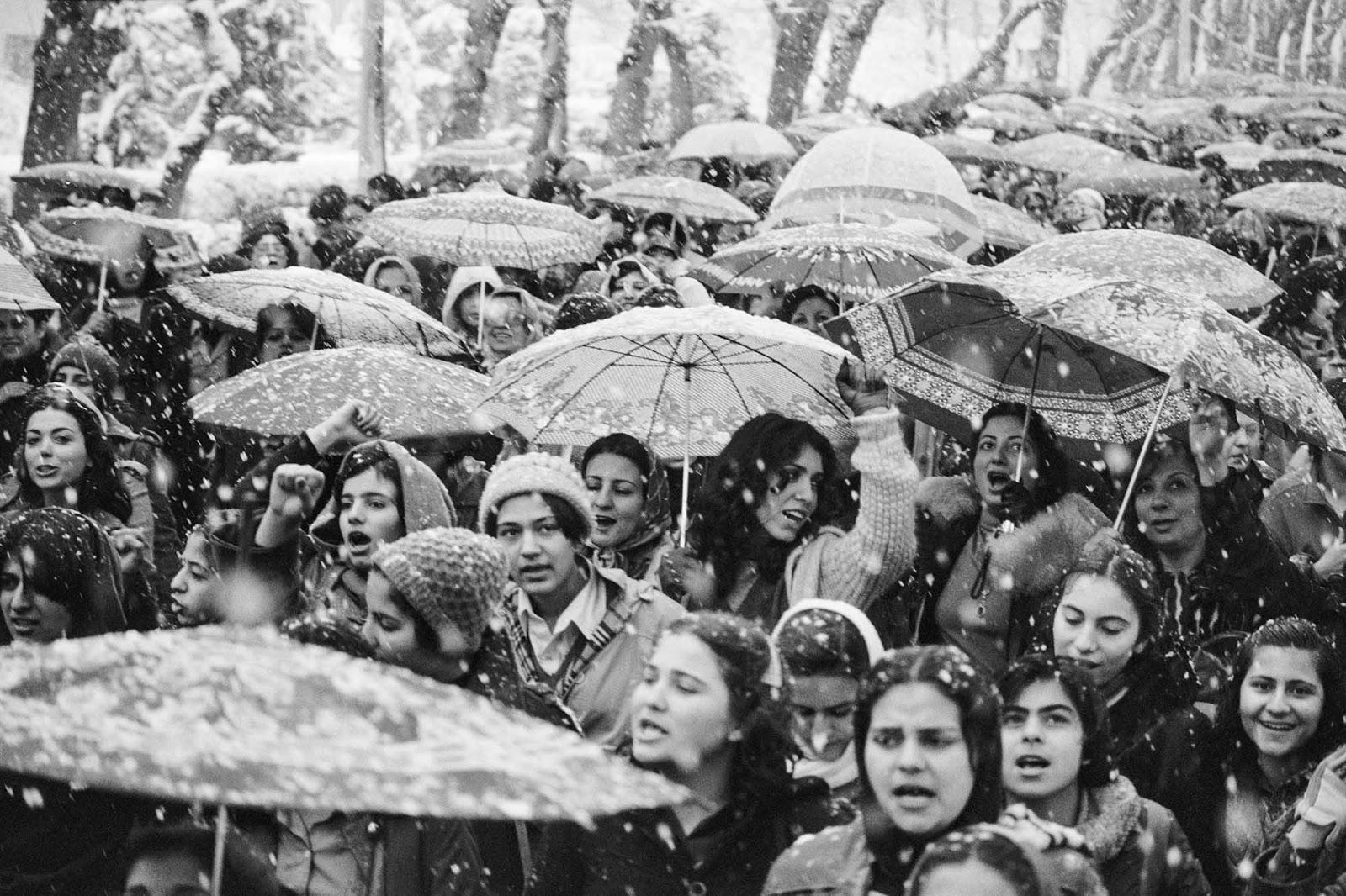 women_protesting_hijab_iran_4.jpg