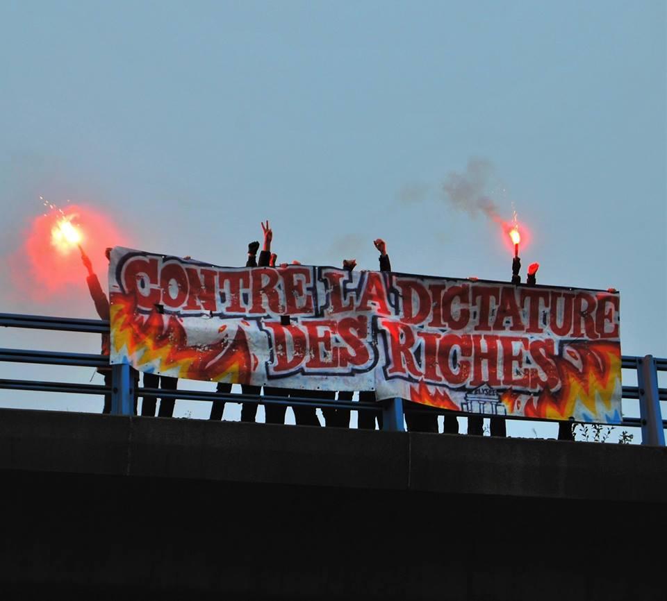 Sur un pont, à Nantes, samedi.