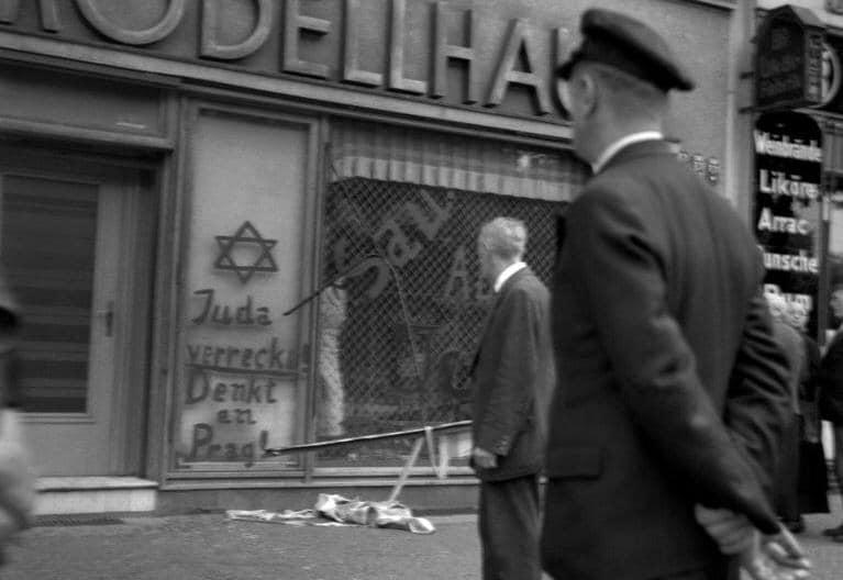 Le silence, la demi mesure nuancée et défiante de la condamnation des actes antisémites est insupportable, par Natacha Samuel -