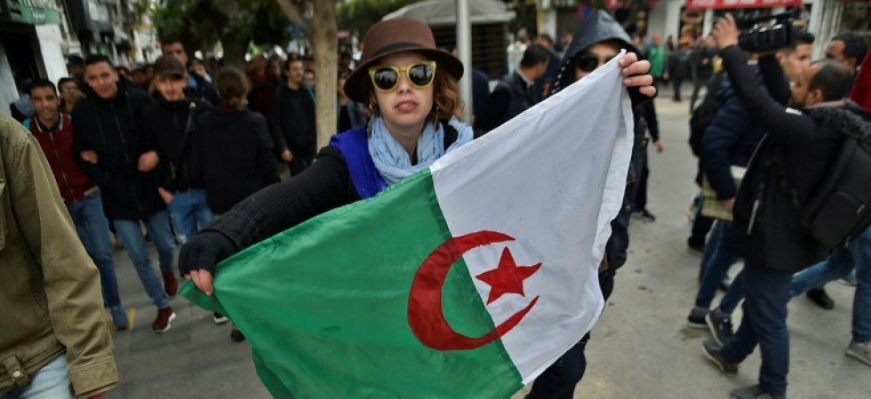 Vendredi 1 mars, l'Algérie retient de nouveau son souffle -