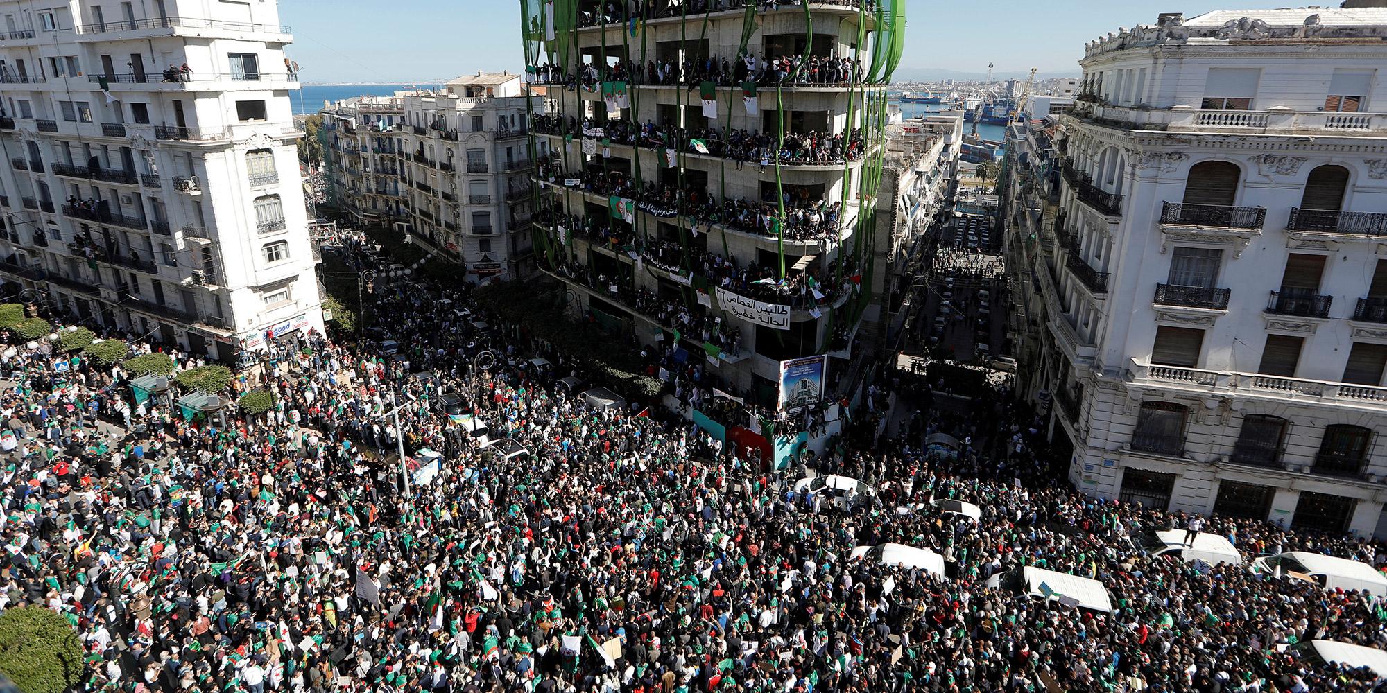 Algérie - Cinquième vendredi de mobilisation : le peuple attend une réponse sérieuse du pouvoir -
