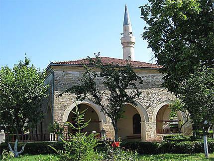 Babadag : la mosquée ® Normands / Le Routard