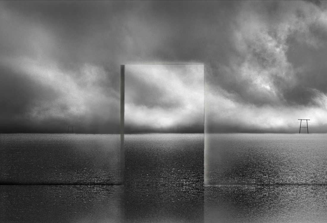 Photo :   Michel Kirch,« Behind the Panorama », élue «  Black and White Conceptual Photo of the Year 2018