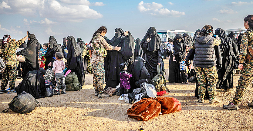 Allô ? - Les Kurdes de Syrie proposent la mise en place d'un Tribunal spécial pour juger les criminels de Daech sur les lieux mêmes de leurs crimes - Pourquoi Macron préfère-t-il une polémique à relents racistes sur le retour en France des criminels de Daech à la proposition des kurdes de Syrie de créer un Tribunal spécial pour les juger sur les lieux de leurs crimes ?