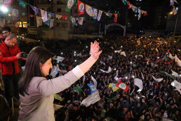 Pervin Buldan, co-présidente du HDP