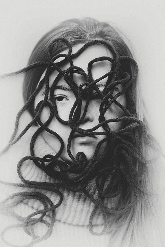 Photo Marinka Masseus. Une partie de son travail sur la beauté radicale des gens atteints du syndrome de Down :    Chosen (not) To Be   .