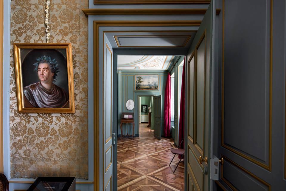 ©Patrick Tourneboeuf.  Pas de photographies sans lumière(s ). La restauration du chateau de Voltaire a Ferney Ain)