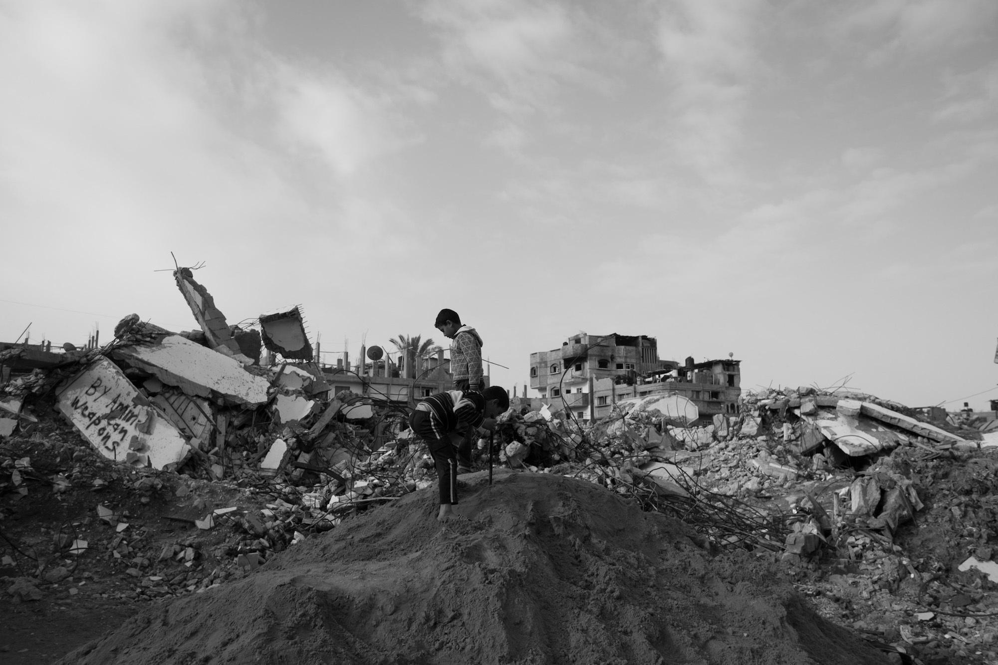 photos-of-the-opiate-epidemic-thats-ravaged-gaza-343-1474566512.jpg