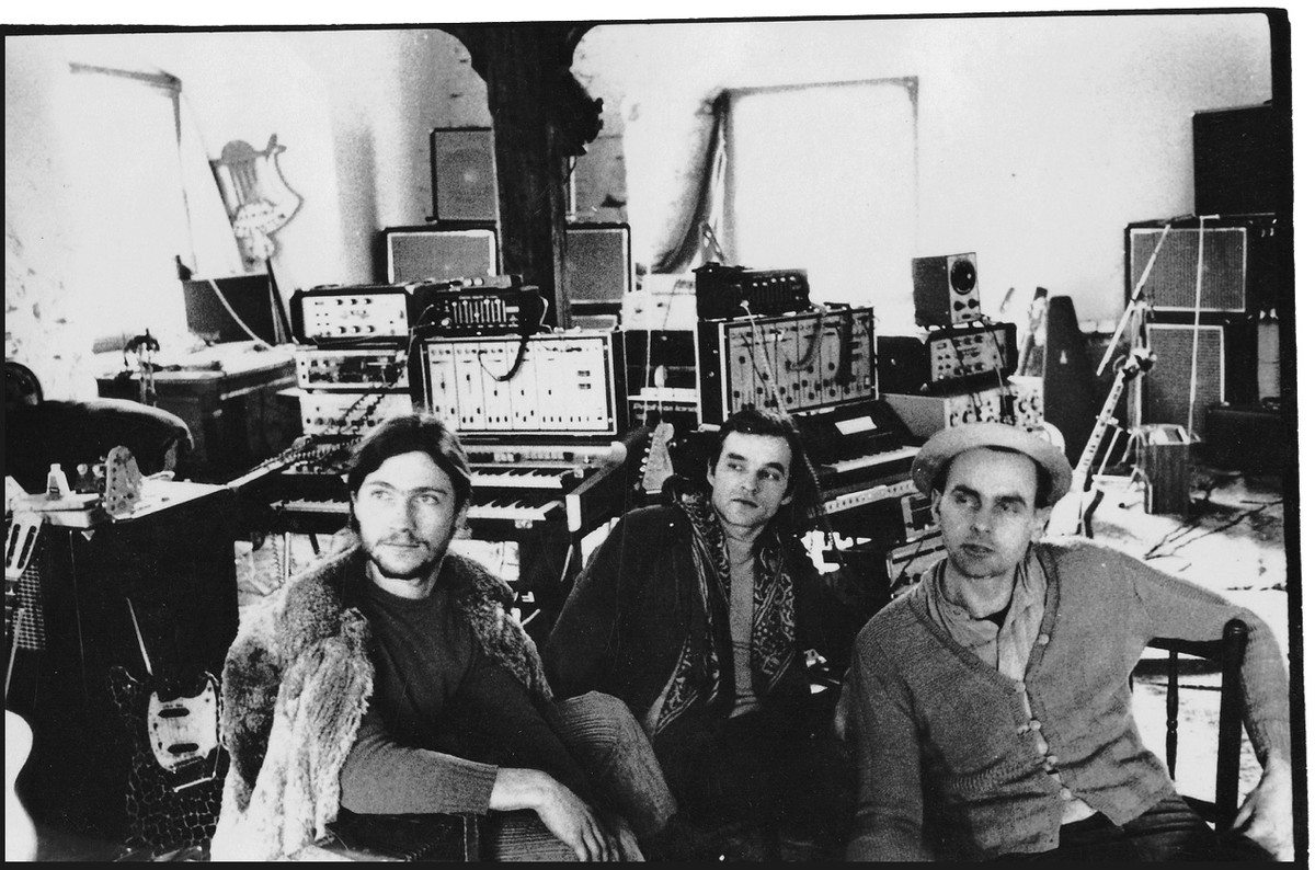 Harmonia ! De gauche à droite, Michael Rother, Dieter Moebius, Hans-Joachim Roedelius.
