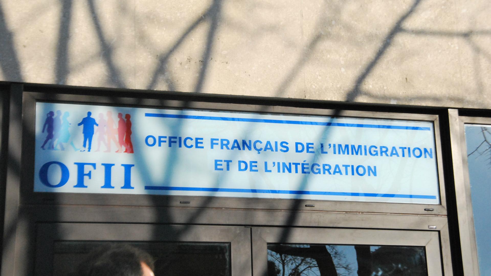 image-l-ofii-repond-aux-migrants-sans-logement-01.jpg