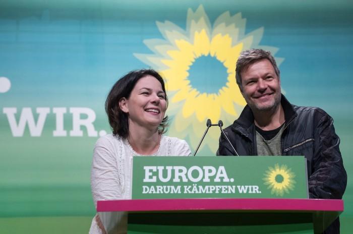 """Robert Habeck et Annalena Baerbock : """"L'Europe, ce pour quoi nous nous battons"""""""