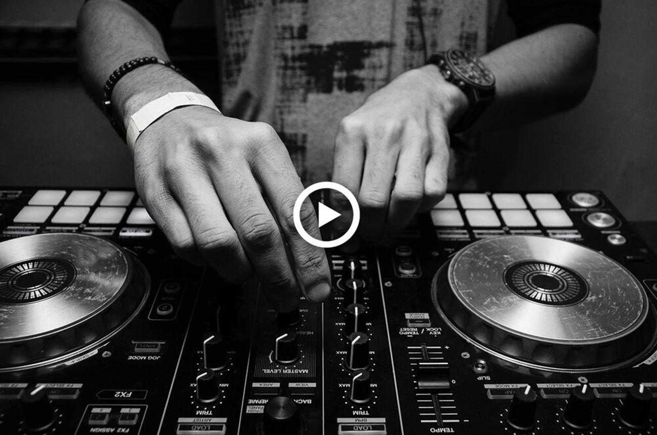 DJ-play.png