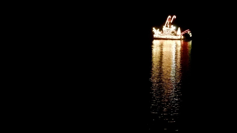 2014-boat-parade2.jpg