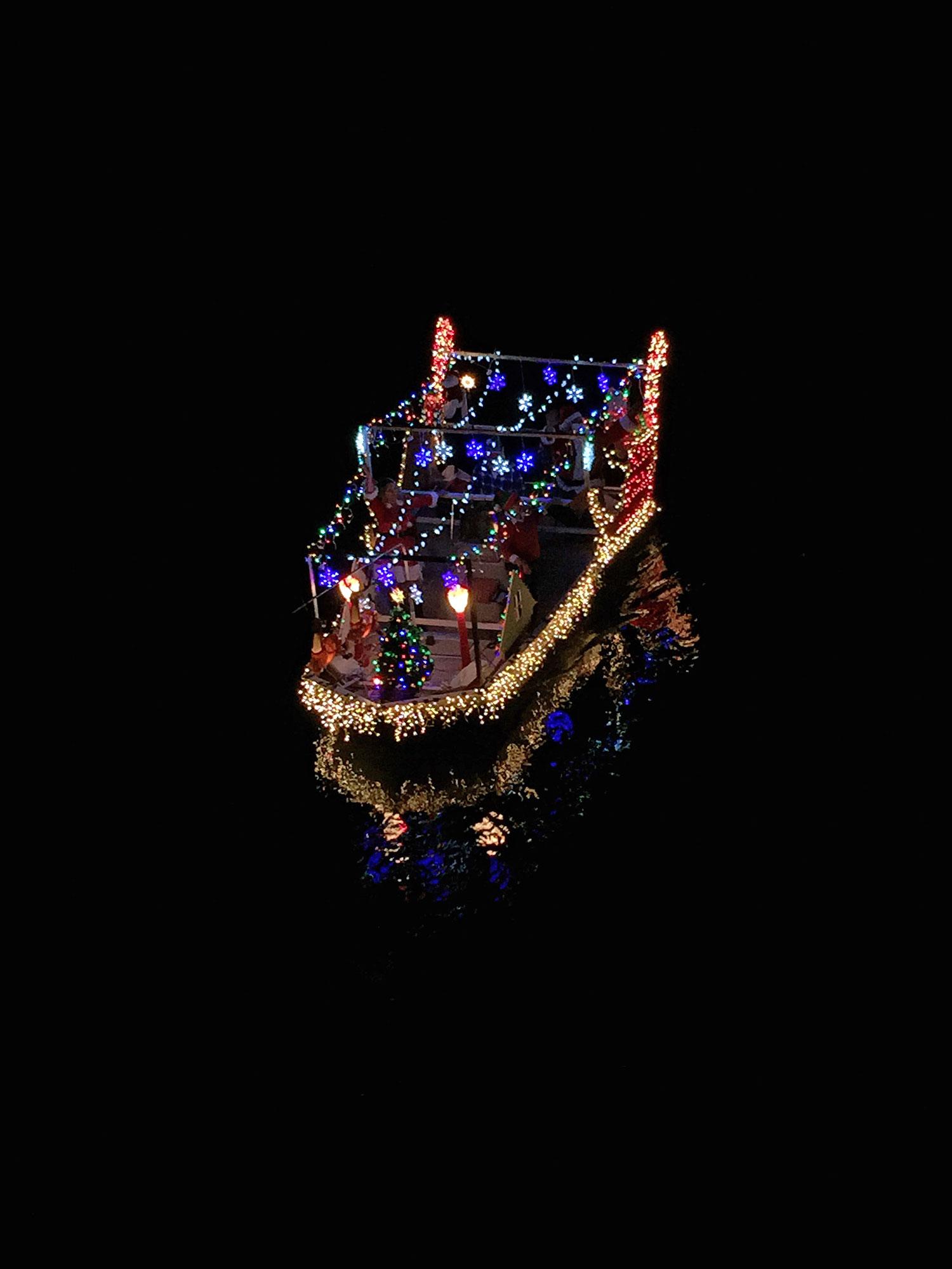 2014-boat-parade3.jpg