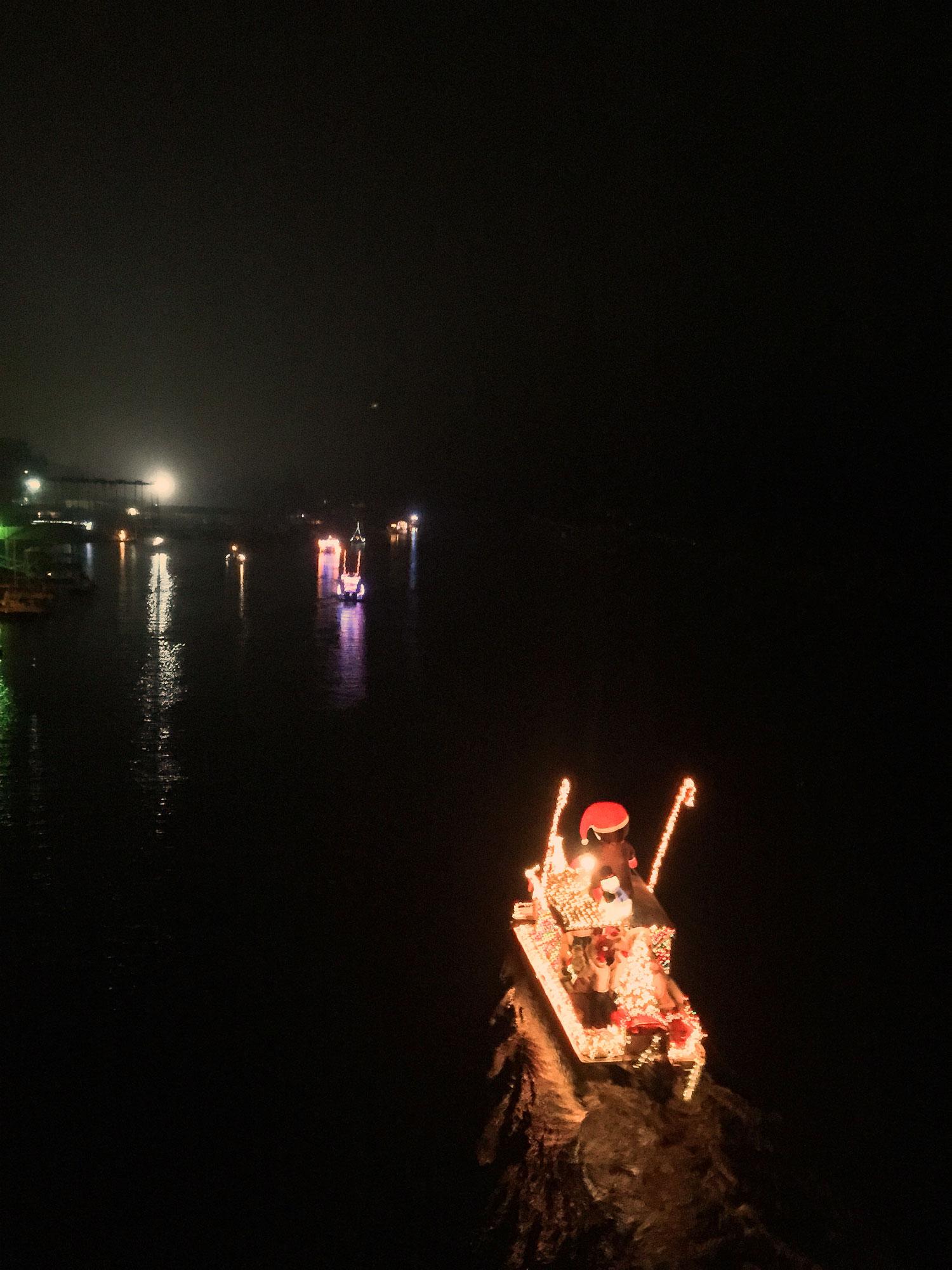 2014-boat-parade7.jpg