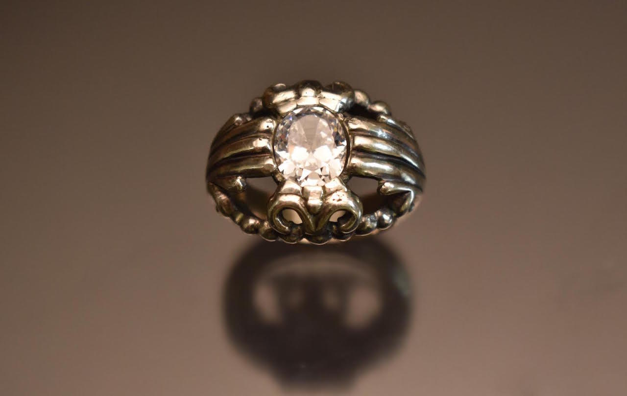 Solitaire Thumb Ring copy.jpg