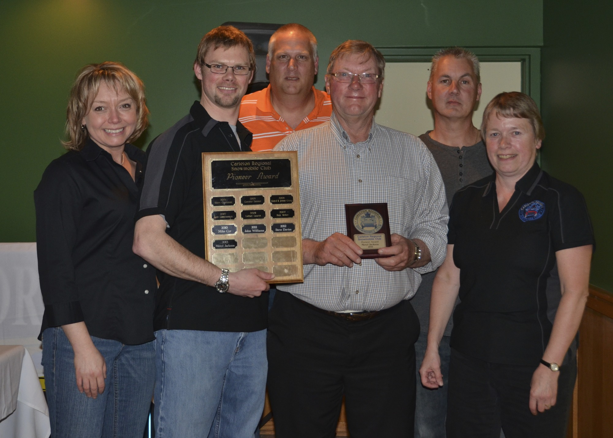 2012-2013 CRSC Pioneer Award Recipient - Meryl Jackson L-R Shelley, Tim, Dean, Meryl, Rick and Debbie