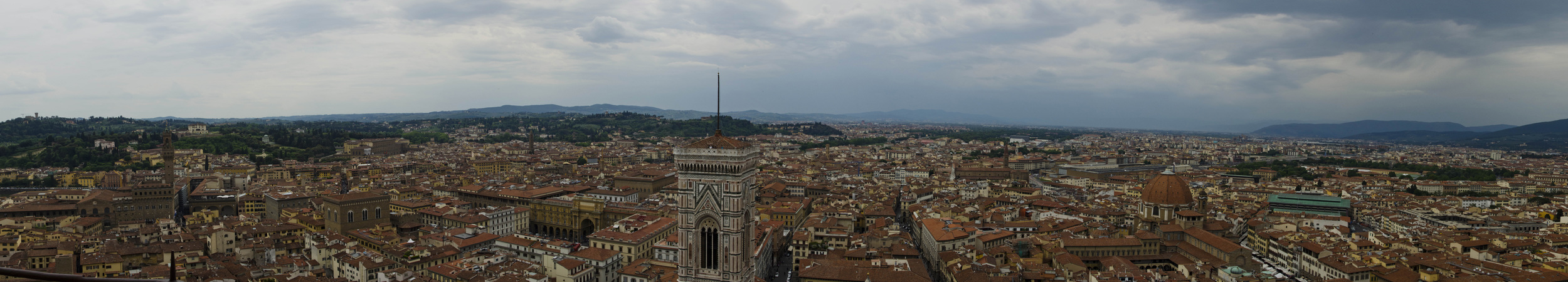 Florence_skyline_Panorama1_small.jpg