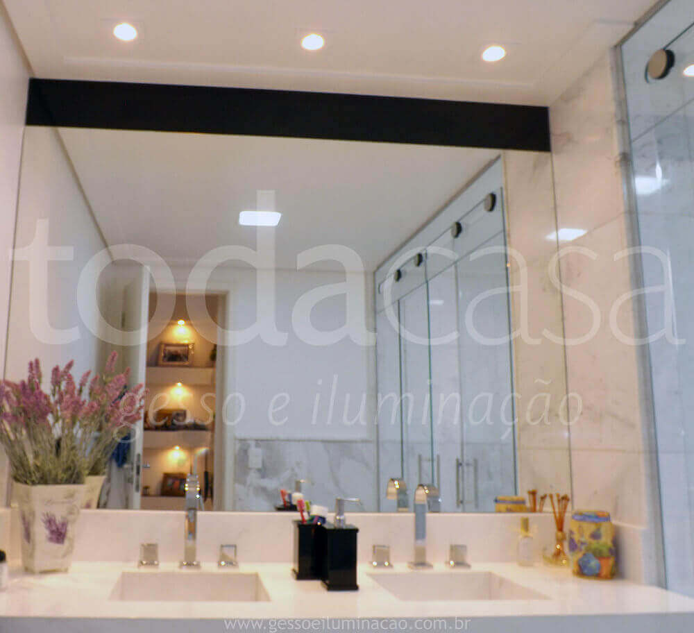 forro-na-sala-com-spots-e-cortineiro-luminoso-luz-indireta-todacasa-gesso-e-iluminacao-www.todacasa.com1_.jpg