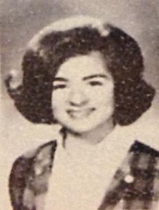 Pamela (Pizzuti) Rosshirt