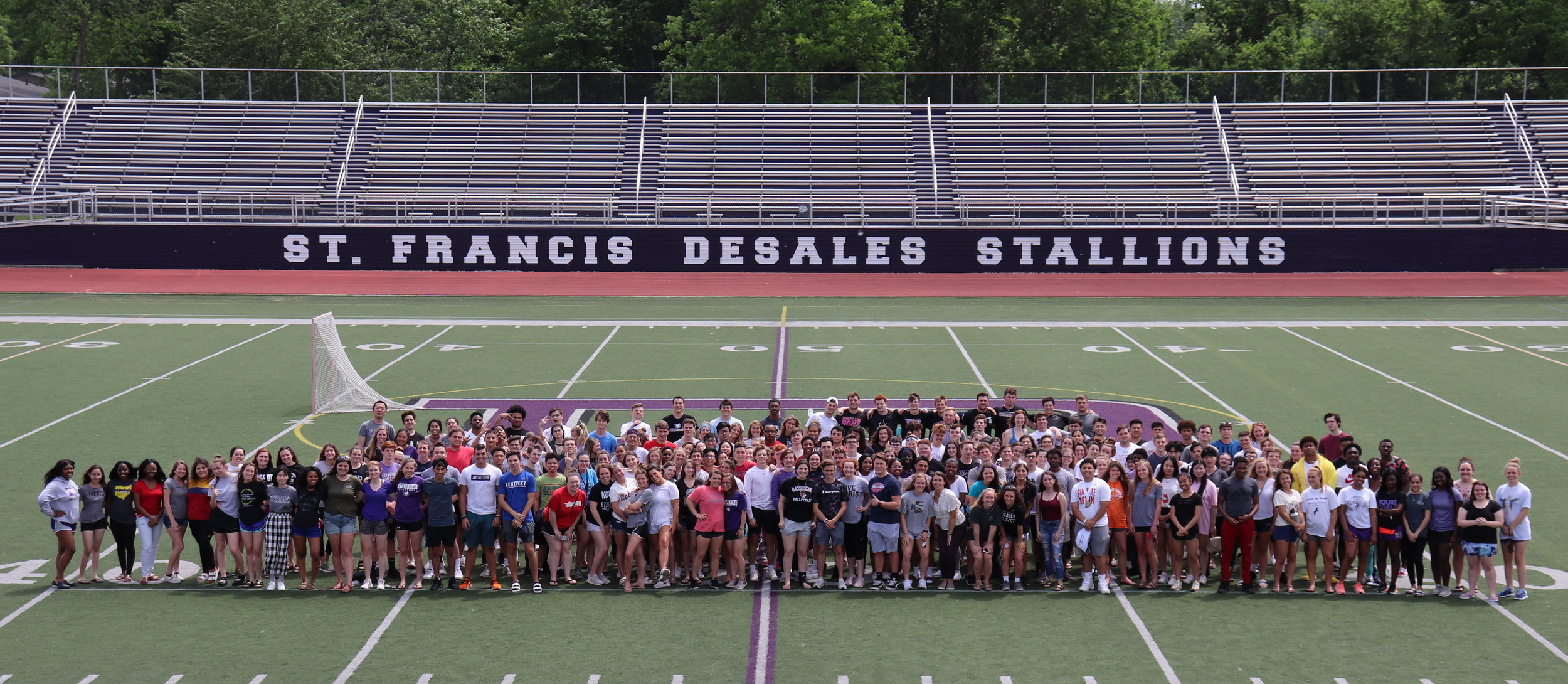 The Class of 2019 Senior Picture - May, 2019