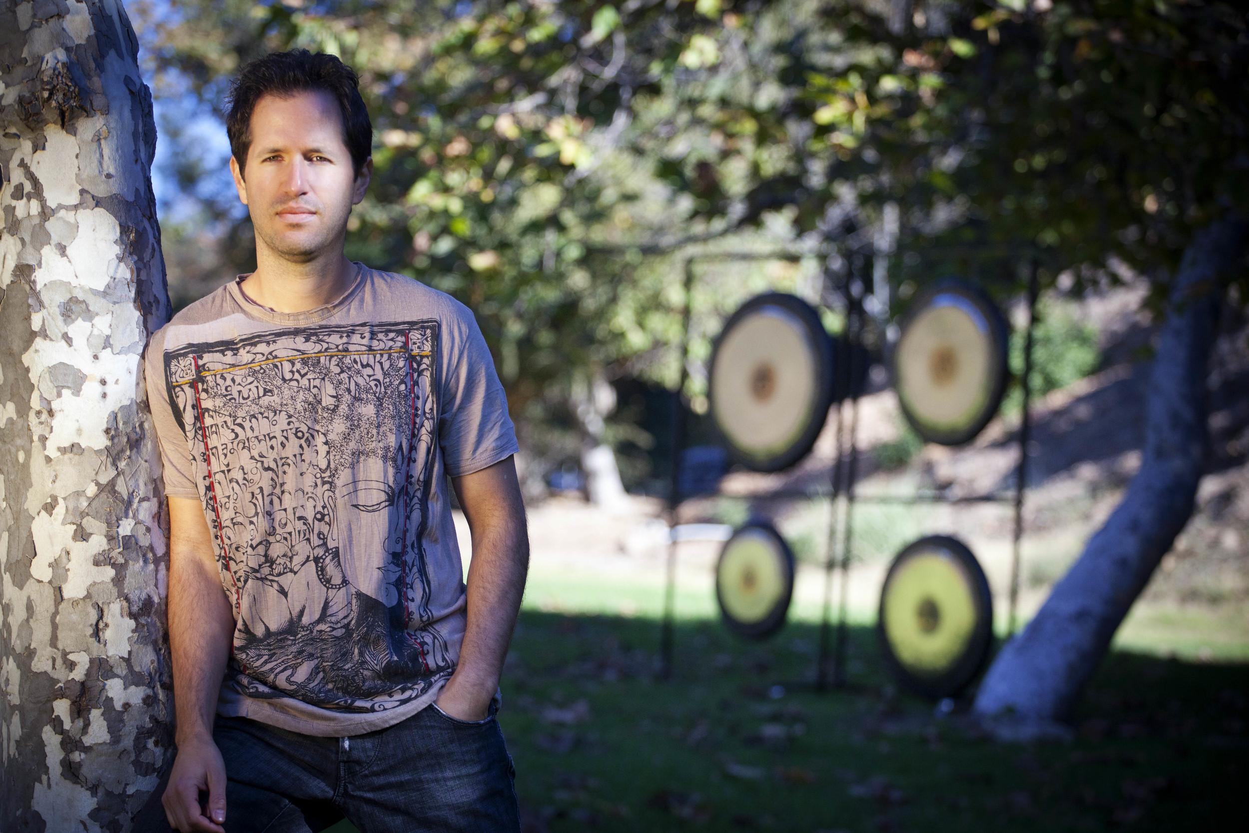 Gong photo shoot in Malibu, CA (photo by Selen Ermanav)