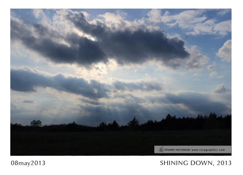 SHINING DOWN_08may2013web.jpg