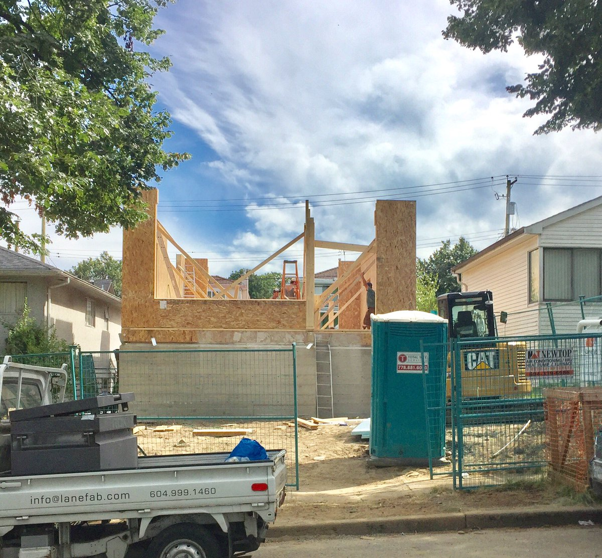 Prefab panels being installed at the E.37th Passive House