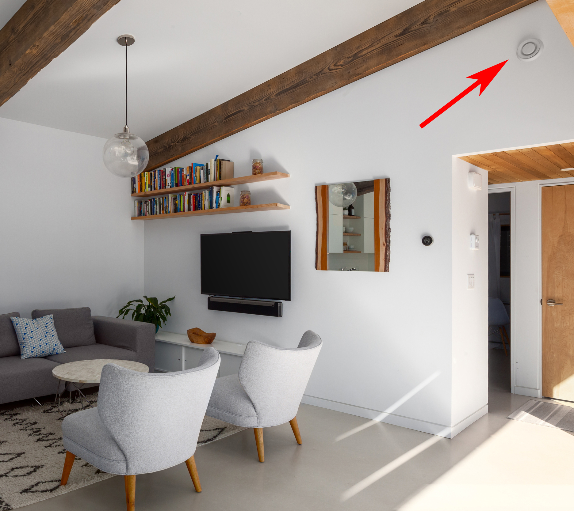 Air outlets on the wall or ceiling supply fresh air to every room. Moist / stale air is exhausted from the bathrooms and kitchens.