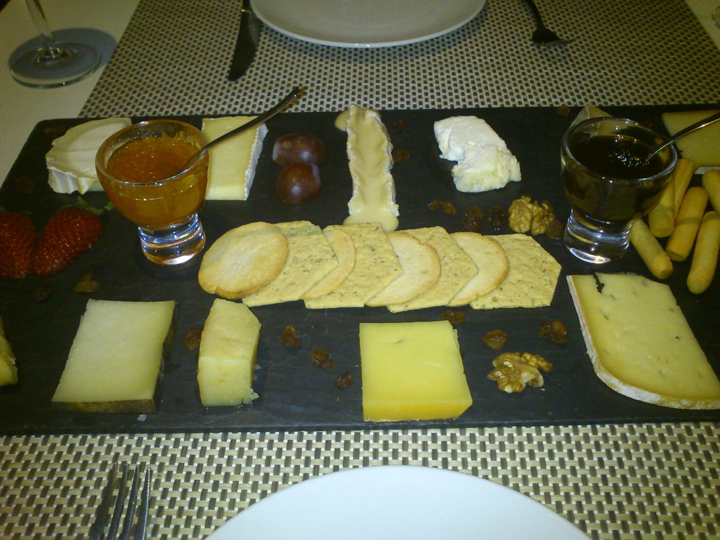 Cata de quesos.JPG