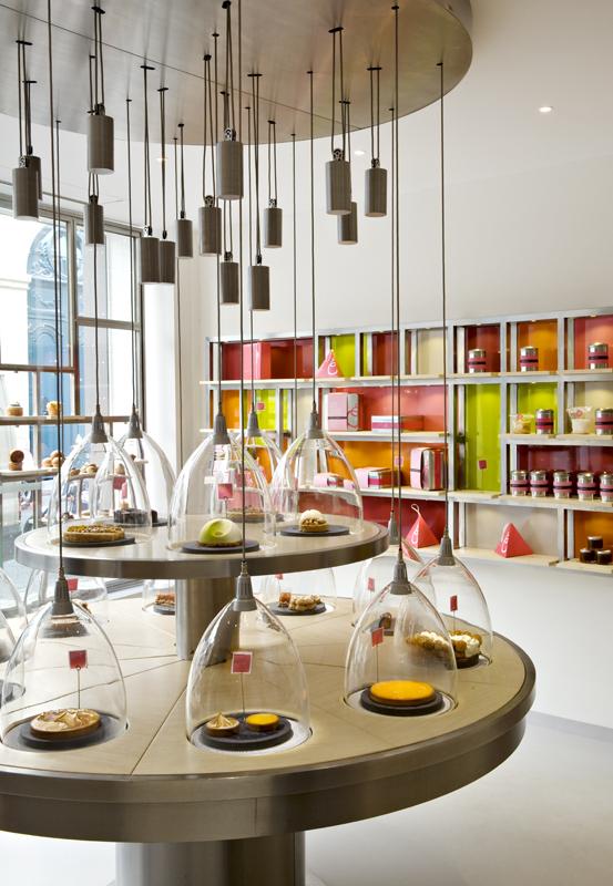 La Pâtisserie des Rêves de Philippe Conticini, no solo vende todas las delicias, sino que es un lugar de ensueño.