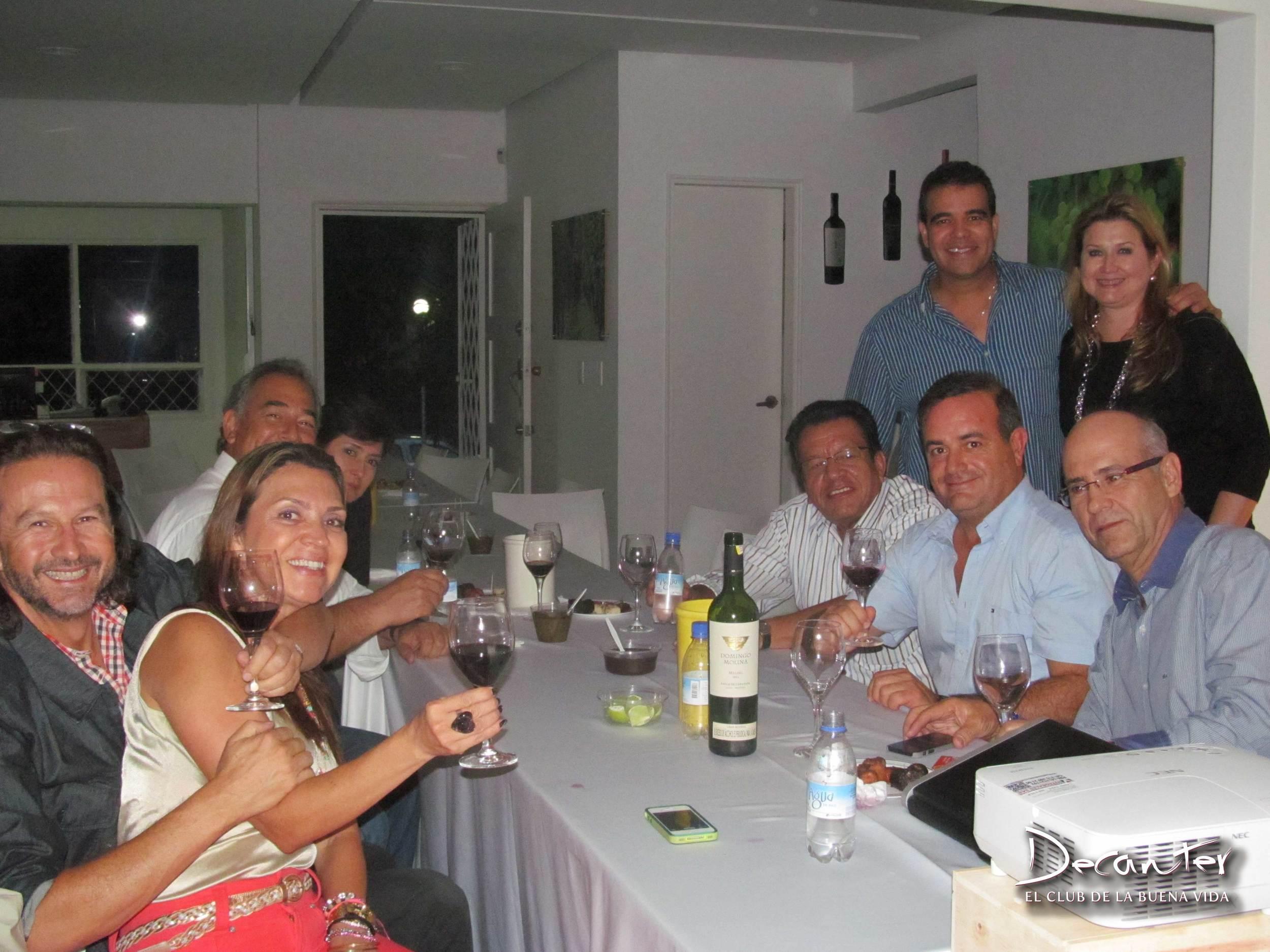 Invitados-13.jpg