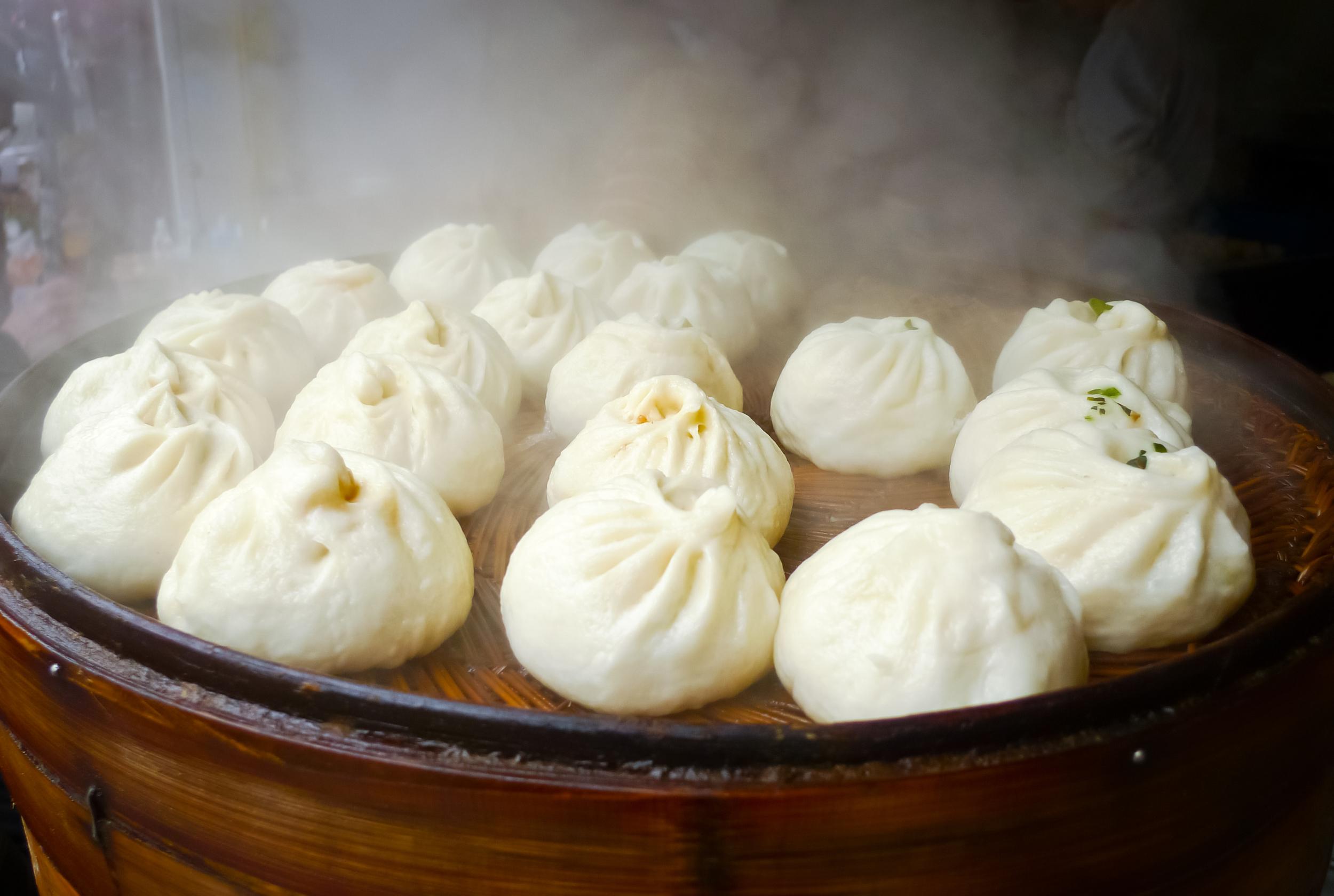 La cocción tradicional de los bao es al vapor.