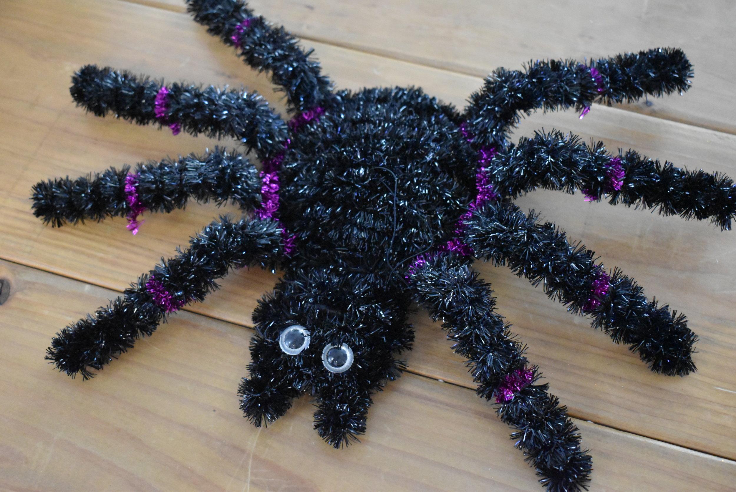 Plastic Spider (1)