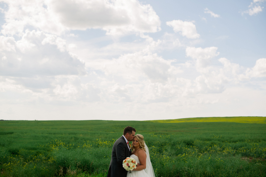 bbcollective_yeg_2016_ashleyandcraig_wedding_photography049.jpg