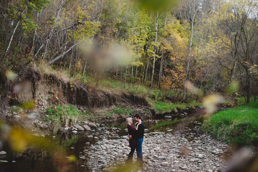 bbcollective_yeg_2016_robynandmichael_engagement_photography007.jpg