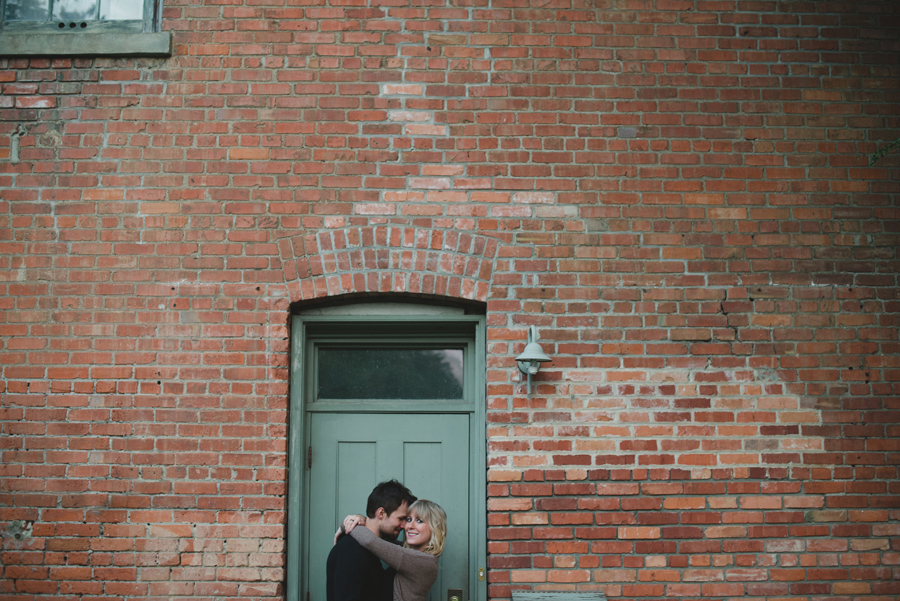 bbcollective_yeg_2016_robynandmichael_engagement_photography020.jpg