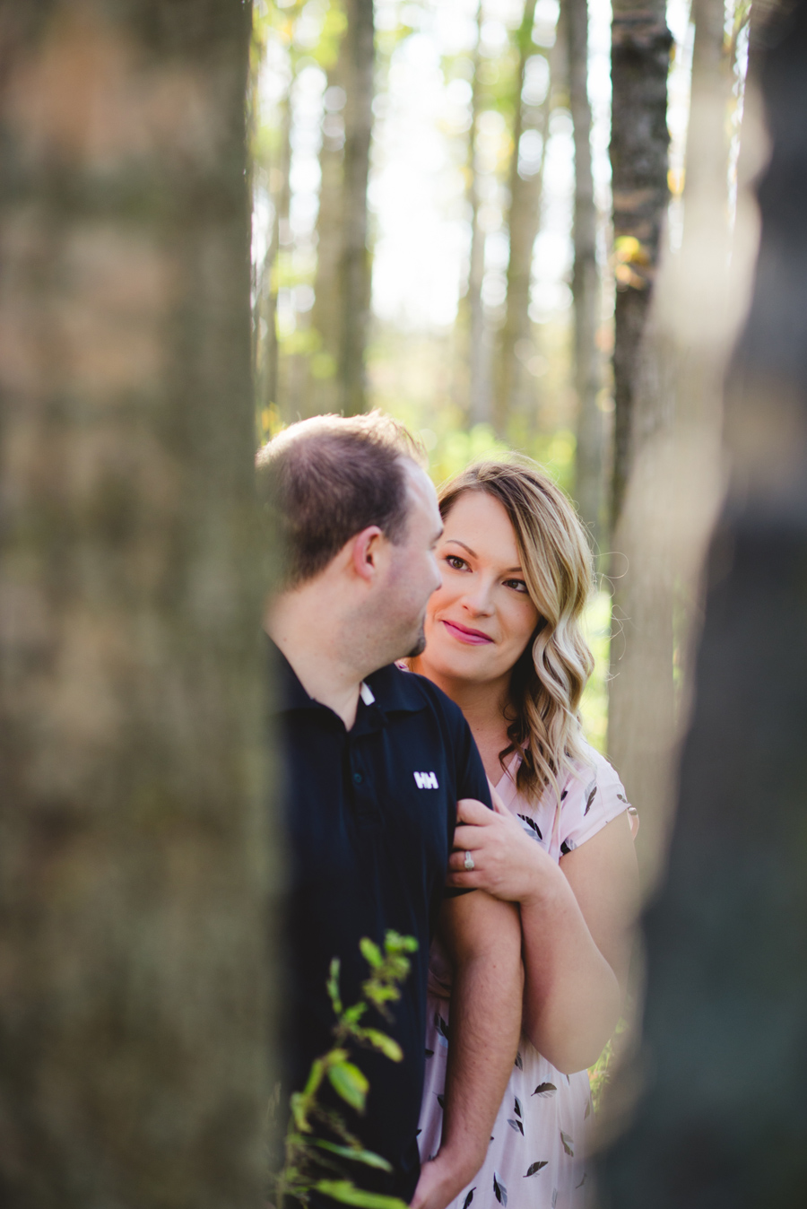 bbcollective_yeg_2016_marilynandian_engagement_photography007.jpg