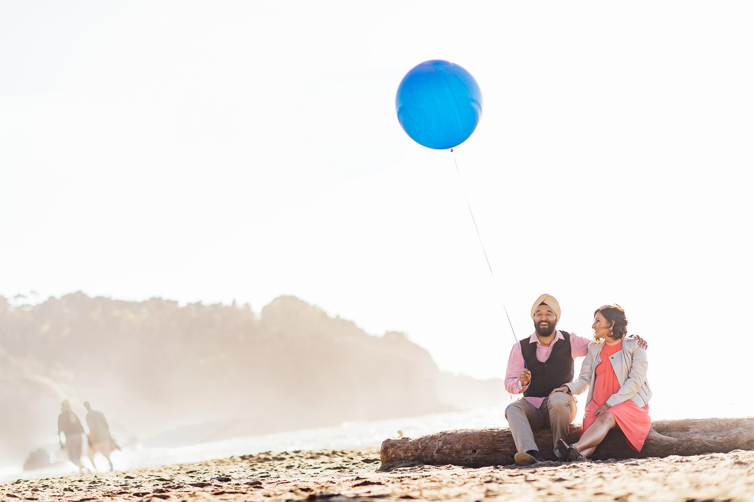 San Francisco maternity shoot gender reveal